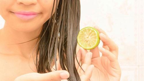 Lemon in hair